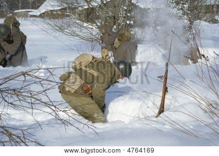 Soviet-finnish War 1939-1940:  Red Army Soldier Is Dug Round In A Snow