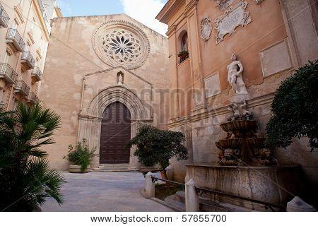 Sant'agostino Church And Saturno Fountain, Trapani