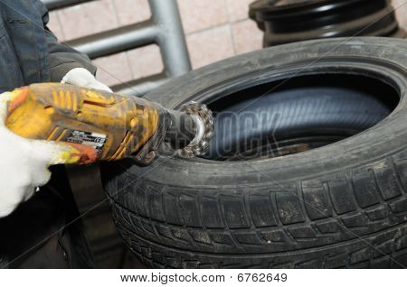 Cleaning A Car Wheel Disc