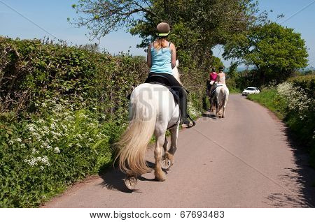 Horse ride with friends