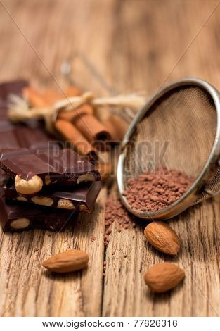 Sifter With Cocoa And Chocolate