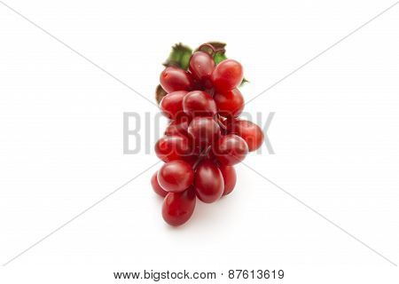 Red Grapes with Green Sheet