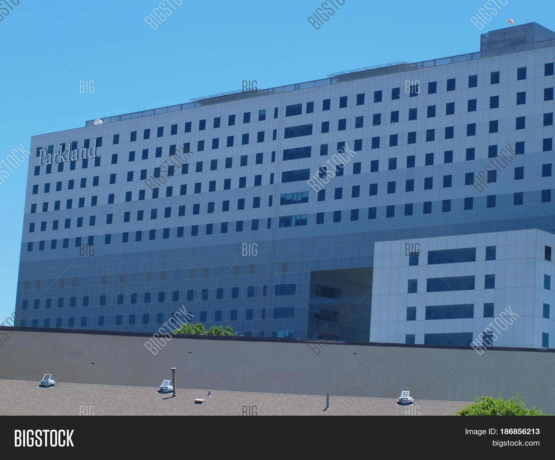 Dallas,USA,17th May Image & Photo (Free Trial) | Bigstock