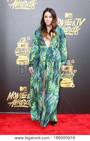 LOS ANGELES - MAY 7:  Jillian Rose Reed at the MTV Movie and Television Awards on the Shrine Auditorium on May 7, 2017 in Los Angeles, CA