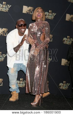 LOS ANGELES - MAY 7:  Tyrese Gibson, Taraji P Henson at the MTV Movie and Television Awards on the Shrine Auditorium on May 7, 2017 in Los Angeles, CA