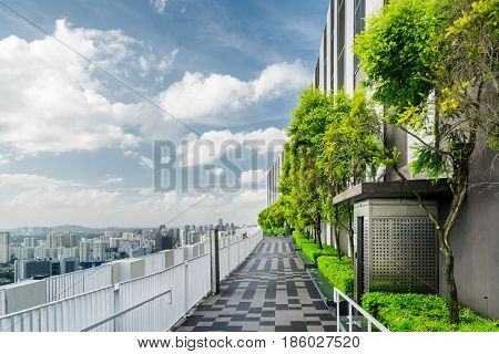 Rooftop Garden In Singapore. Amazing Outside Terrace With Park