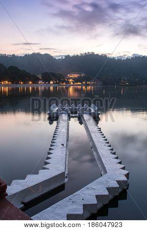 Kandy Lake and the Temple of the Sacred Tooth Relic (Sri Dalada Maligawa) at Sunrise, Kandy, Sri Lanka, Asia