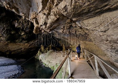 Beautiful Lod Cave And Guide