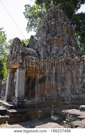 The entrance gate to Preah Khan Temple.