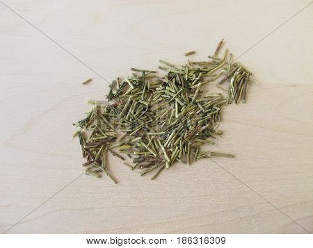 Loose kukicha green tea with twigs, stems and stalks