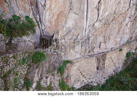 Ancient Inca Bridge