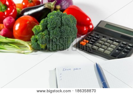 Organic Diet Plan And Fresh Vegetable Composition