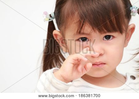 crying little Japanese girl (2 years old)
