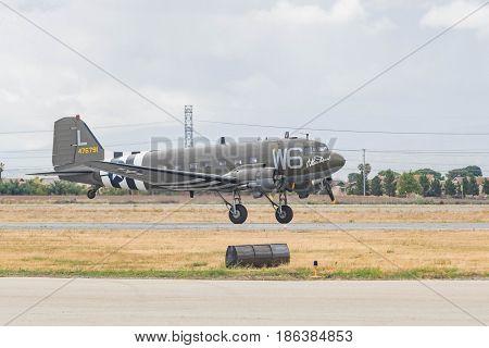 Douglas C-47 Skytrain Dc-3 On Display