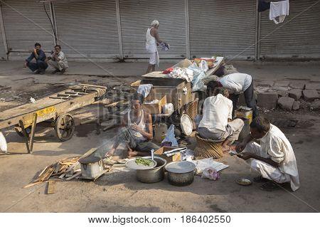 Street Breakfast Cooking