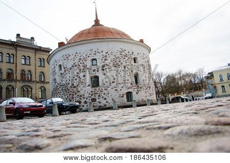 Round tower is a stone gun tower rondaleva type - battle of towers medieval Vyborg castle, built in 1547 - 1550 years. Historical building of the Swedish and Finnish time of possession.