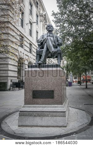 LONDON, UK, 19TH NOVEMBER 2016 - Statue of George Peabody benefactor of the London poor in the city of London UK