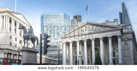 Duke Wellington statue Bank of England and Royal Exchange in the City of London UK