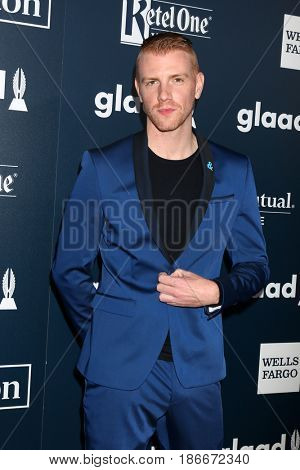 LOS ANGELES - APR 1:  Daniel Newman at the 28th Annual GLAAD Media Awards at Beverly Hilton Hotel on April 1, 2017 in Beverly Hills, CA