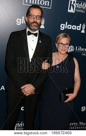 LOS ANGELES - APR 1:  Eric White, Patricia Arquette at the 28th Annual GLAAD Media Awards at Beverly Hilton Hotel on April 1, 2017 in Beverly Hills, CA