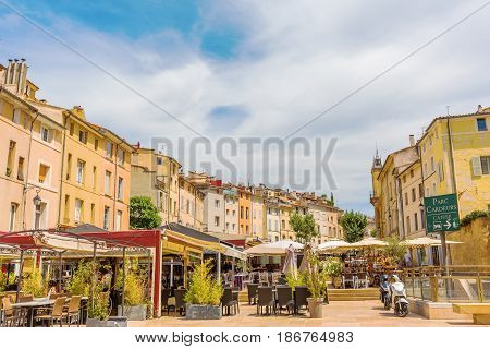 Place Des Cardeurs In Aix-en-provence, South France
