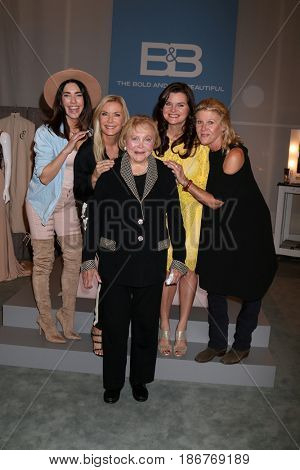 LOS ANGELES - NOV 3: Jacqueline MacInnes Wood, Katherine Kelly Lang, Lee Bell, Heather Tom, Alley Mills at the The Bold and the Beautiful