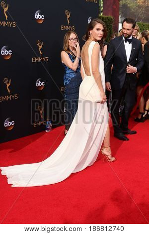LOS ANGELES - SEP 18:  Keri Russell at the 2016 Primetime Emmy Awards - Arrivals at the Microsoft Theater on September 18, 2016 in Los Angeles, CA