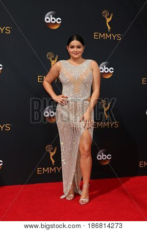 LOS ANGELES - SEP 18:  Ariel Winter at the 2016 Primetime Emmy Awards - Arrivals at the Microsoft Theater on September 18, 2016 in Los Angeles, CA