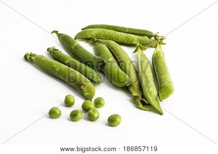 Pictures of fresh peas for making peas