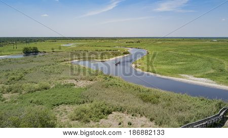 The St Johns River is a very shallow river flowing South to North in Florida. Airboats are the only reliable method to navigate its shallows.