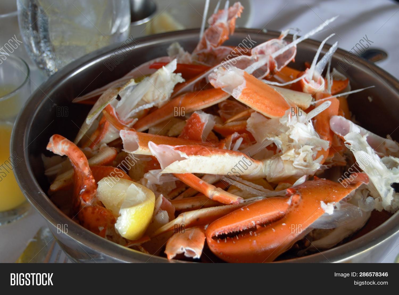 best way to crack crab legs