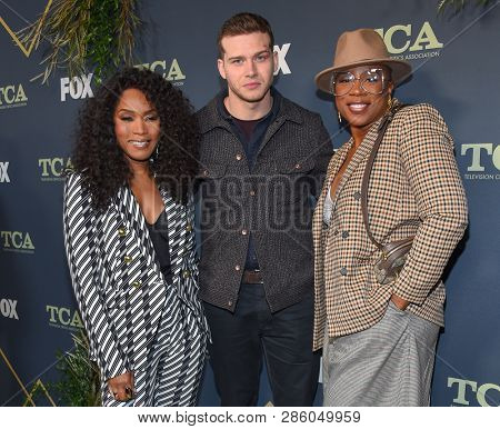 LOS ANGELES - FEB 06:  9-1-1 cast memebers, Angela Bassett, Oliver Stark and Aisha Hinds arrives for the FOX Winter TCA 2019 on February 6, 2019 in Los Angeles, CA
