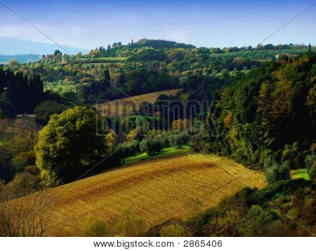 View Of The Chianti Countryside In Tuscany, Italy
