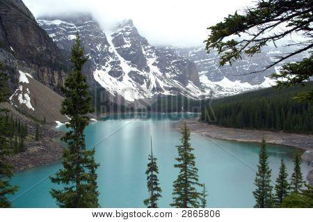 Lake Morraine, Canada