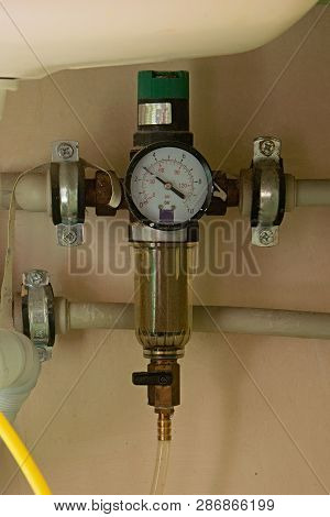 The Backwash Water Filter Pressure Reducer Manometer