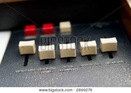 Retro Organ Slider