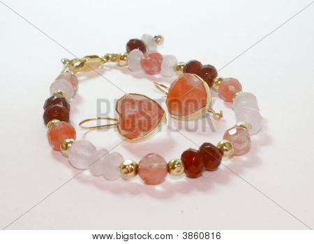 Rose Topaz , Quartz , Granate And Gold Bungles Bracelet And Earrings