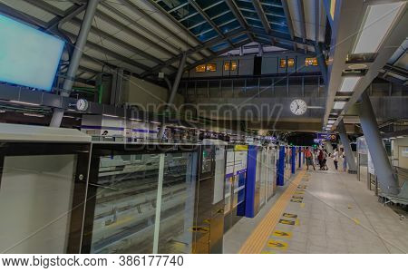 Bangkok, Thailand - Sep 18, 2020 : The People On Tha Phra Bts Skytrain Station Of The Central Busine