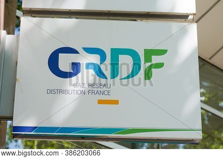 Bordeaux , Aquitaine / France - 09 15 2020 : Grdf Logo Sign Of Natural Gas Distribution Network Prov