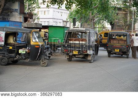 Auto Rickshaws Waiting For Customers, Parked At The Side Of The Street. Udaipur India - August 2020