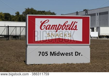 Plainfield - Circa September 2020: Campbells Snacks Distribution Center. Campbells Snacks Include Pe