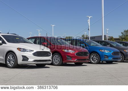Plainfield - Circa September 2020: Ford Fusion Display At A Dealership. Ford Sells Products Under Th