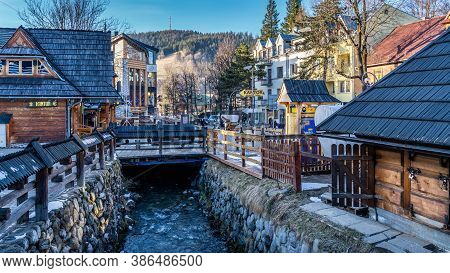 Zakopane, Poland, March 2019 Famous Krupowki Promenade, Main Shopping Area In Zakopane. Winter Time.