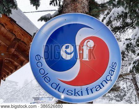 Bordeaux , Aquitaine / France - 09 20 2020 : Esf Ski School Logo Sign In French Ecole De Ski Francai