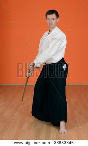 The man carries out exercises aikido