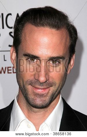 LOS ANGELES - OCT 13:  Joseph Fiennes arrives at the