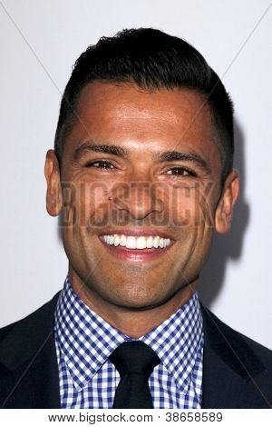 LOS ANGELES - OCT 13:  Mark Consuelos arrives at the