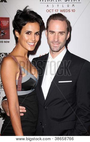 LOS ANGELES - OCT 13:  Maria Dolores Dieguez, Joseph Fiennes arrives at the