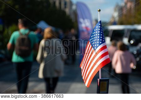 New York, Usa - September 19 2020: American Flag Waving On The Car On The 4th Of July Or During Unit