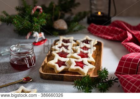 Christmas Cookies With Festive Decoration. Selective Focus. Traditional Linzer Biscuits. Christmas F